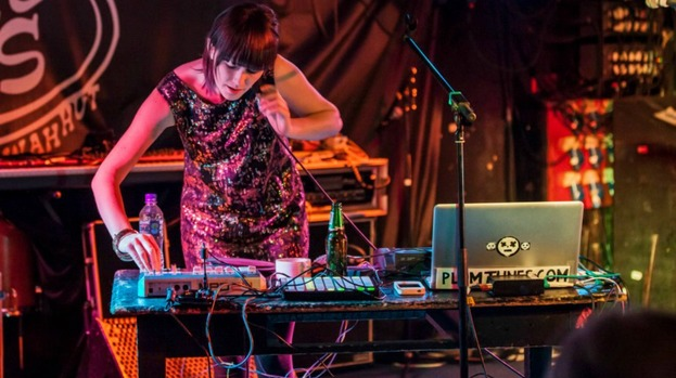 shona-maguire-electronic-artist-plum